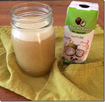 Smoothie pomme et eau de coco, monodiète