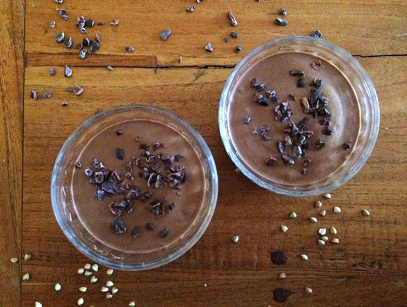 Crème de sarrasin au cacao cru, dessert, goûter ou petit déjeuner sain, sans gluten, sans lactose, nourrissante et délicieuse